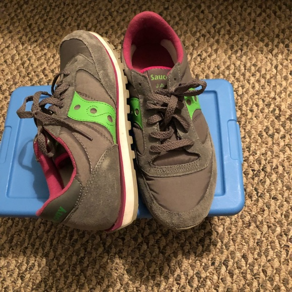 Saucony Shoes - Running sneakers very comfy no box authentic